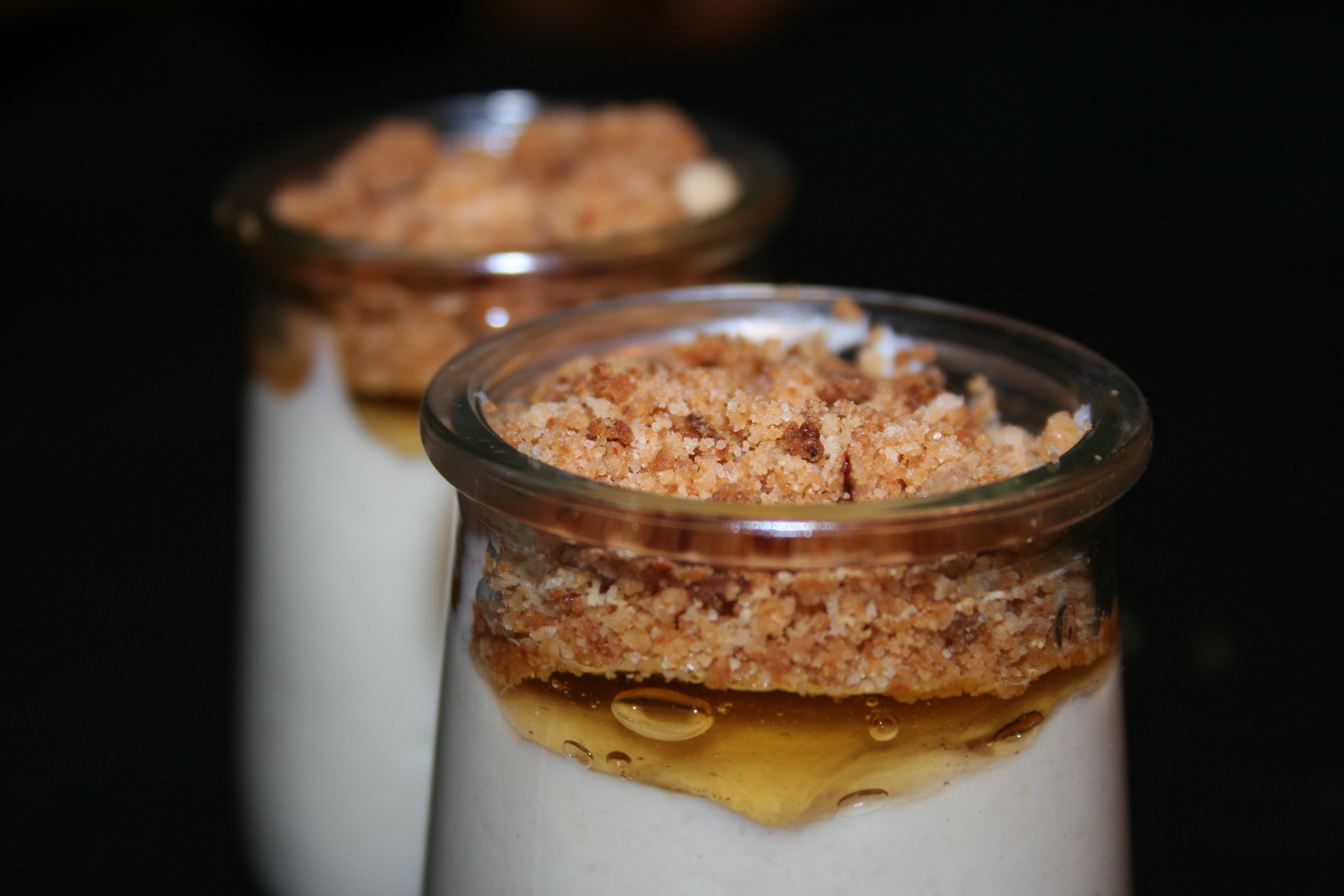Crema di riso, con gelatina di bergamotto e crumble aromatizzato