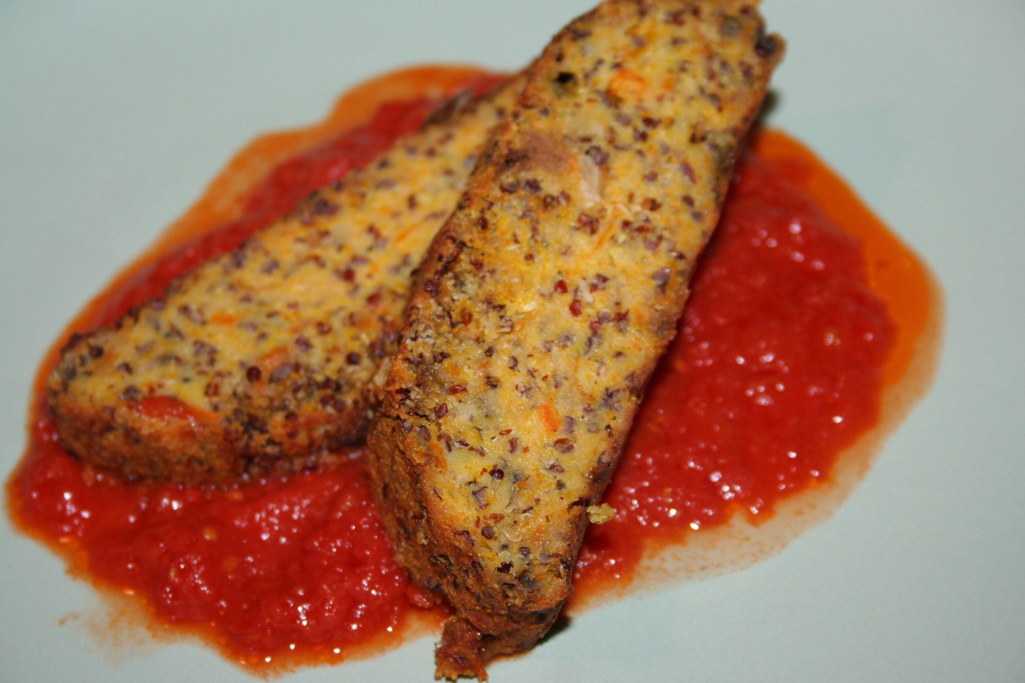 Polpettone vegetariano con quinoa rossa