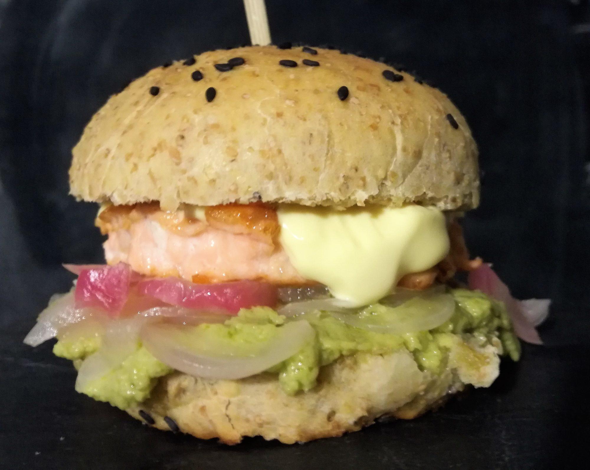 il mio hamburger al salmone per il CLub del 27